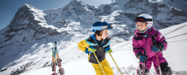 kleine-scheidegg-kids-eiger-moench-jungfrau-winter