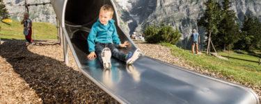 grindelwald-first-sommer-kinderspielplatz-rutsche