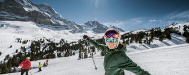 kleine-scheidegg-skifahren-jungfrau-winter